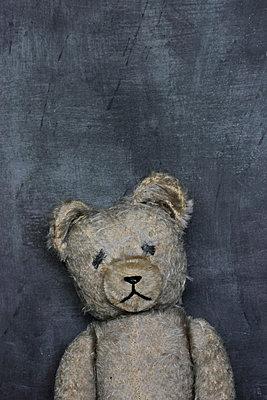 Trauriger Teddy - p450m1030684 von Hanka Steidle