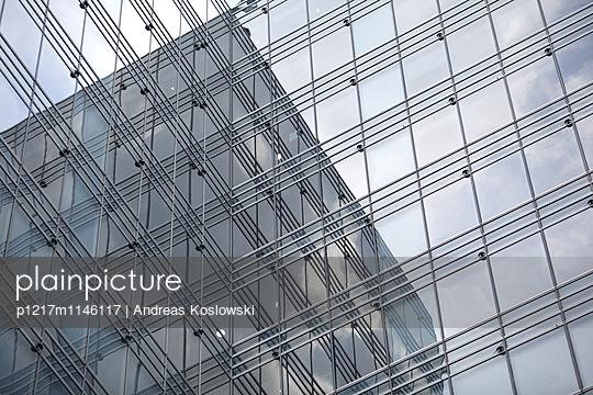 Fassade 15 - p1217m1146117 von Andreas Koslowski