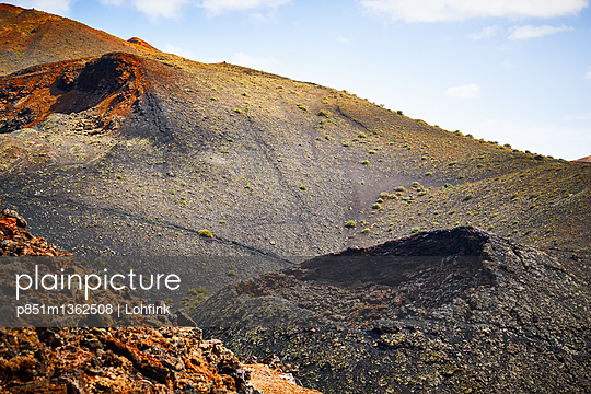 Volcanic landscape in Lanzarote - p851m1362508 by Lohfink