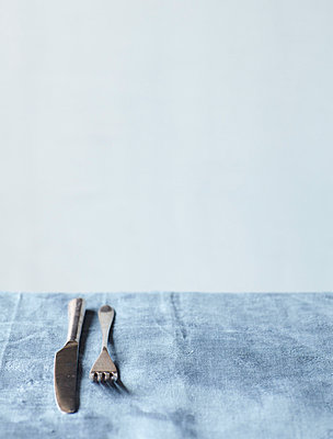 Still Life on Grey Dining Table V - p938m754456 by Christina Holmes