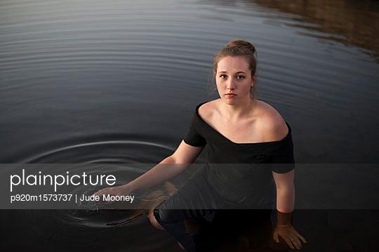 p920m1573737 von Jude Mooney
