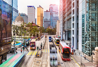 Trams and buses in Hong Kong Central, Hong Kong, China - p300m2114321 by hsimages