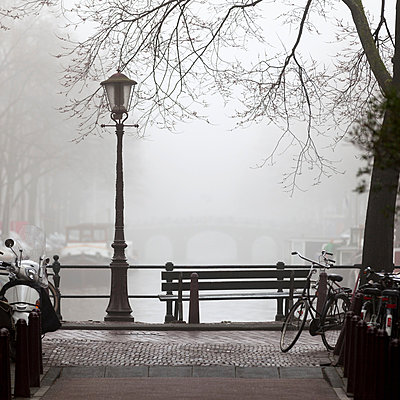 Mist in Amsterdam - p429m819517 by Alex Holland