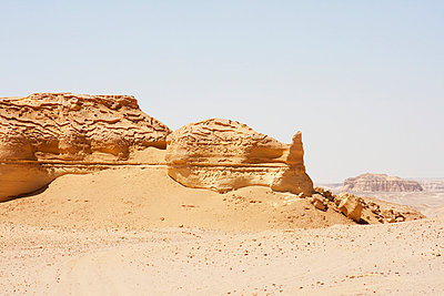 Sandstone Formations Resulting From Wind Erosion In Wadi Al-Hitan , El Fayoum, Egypt - p442m1033717 by Peter Langer