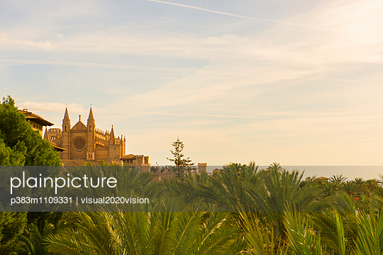 Palma Cathedral - p383m1109331 by visual2020vision
