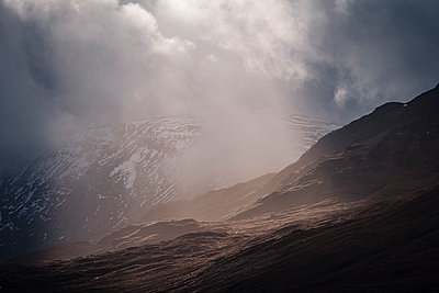 p1585m2158680 by Jan Erik Waider