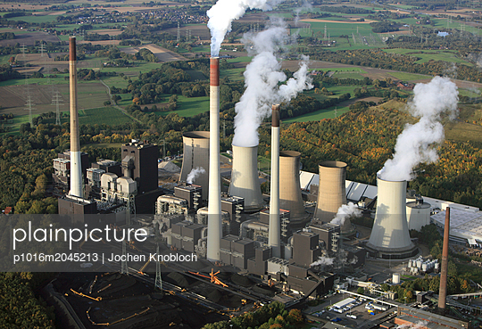 Coal fired power station Scholven  - p1016m2045213 by Jochen Knobloch