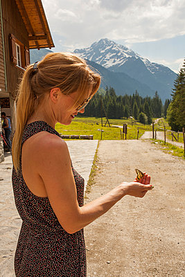 Butterfly on Hand I - p941m907783 by lina gruen