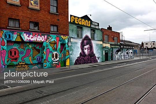 Surburb - p979m1036099 by Mayall, Paul