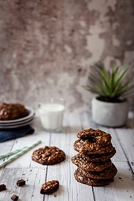 Totally chocolate cookies - p1392m1440970 by Federica Di Marcello