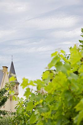 Versteckte Villa, Bretagne - p606m1091521 von Iris Friedrich