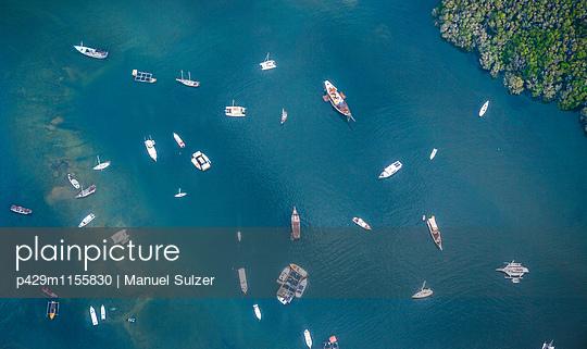 p429m1155830 von Manuel Sulzer