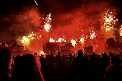 Groupe F pyrotechnic show, Parc De La Villette, Paris - p1028m1215538 by Jean Marmeisse