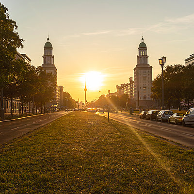 Frankfurter Tor by sunset in Berlin  - p1332m2204602 by Tamboly