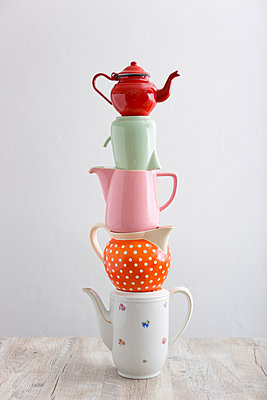 Viel Tee, viel Kaffee - p454m1115792 von Lubitz + Dorner