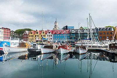 Harbour of Torshavn, capital of Faroe Islands, Streymoy, Faroe Islands, Denmark, Europe - p871m1506373 by Michael Runkel