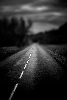 Landstraße - p248m1538256 von BY