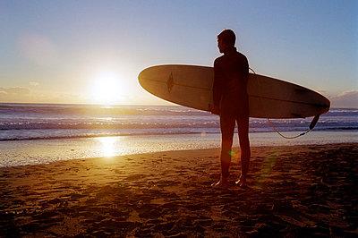 Sonnenuntergang - p1057m813814 von Stephen Shepherd