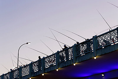 Europe, Turkey, Istanbul, Anglers on Galata bridge - p300m768697f by Martin Siepmann