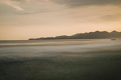 Abends am Meer - p999m949658 von Monika Kluza