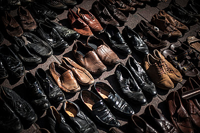 Shoes for sell - p1007m1134878 by Tilby Vattard