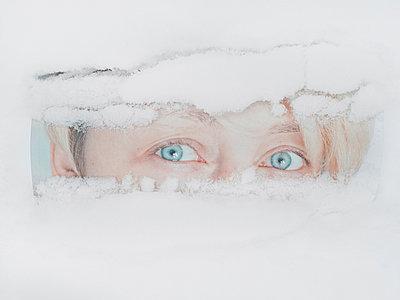 Durchblick - p1476m2026974 von Yulia Artemyeva
