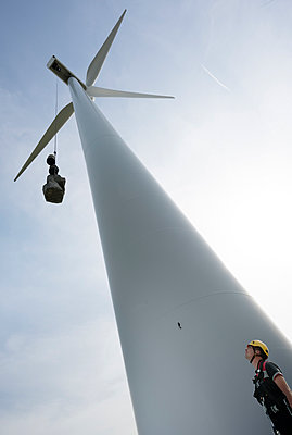 wind turbine maintenance - p1132m1439993 by Mischa Keijser
