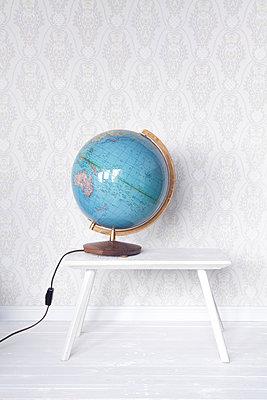Zuhause um die Welt - p454m1143712 von Lubitz + Dorner