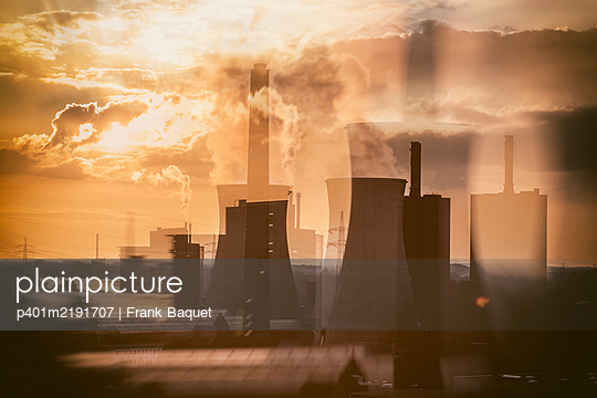 Steel mill Duisburg - p401m2191707 by Frank Baquet
