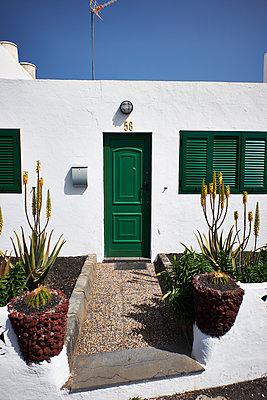 Typisches Haus auf Mallorca - p851m1362475 von Lohfink