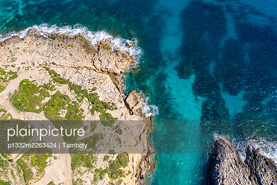 Aerial view, Malta, Gozo, Hondoq ir-Rummien - p1332m2263424 by Tamboly