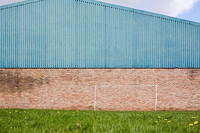 Factory unit - p1057m1025964 by Stephen Shepherd