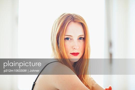 p312m1063308f von Eveline Johnsson