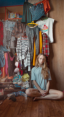 Girl's wardrobe - p1476m1541518 by Yulia Artemyeva