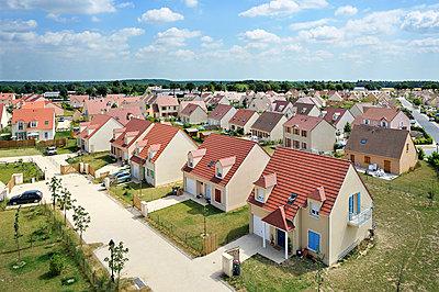 Neubaugebiet - p1111m886363 von Jean-Pierre Attal