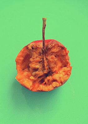 Rotten apple - p1235m2126225 by Karoliina Norontaus