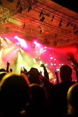 Live-Konzert auf dem Halderner Open Air Festival - p2280404 von photocake.de