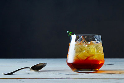 Tea Thyme Soda - p1379m1488065 by James Ransom