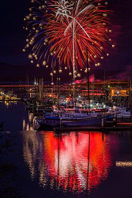 Fireworks light up the harbour; Ilwaco, Washington, United States of America - p442m1180102 by Robert L. Potts