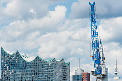 Elbe Philharmonic Hall under construction - p488m1048461 by Bias