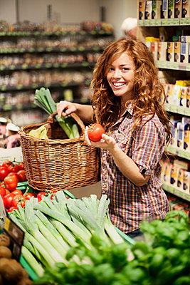 Healthy food - p586m891401 by Kniel Synnatzschke
