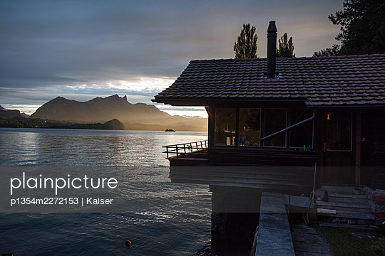 Switzerland, Lake Thun, House by the lake - p1354m2272153 by Kaiser
