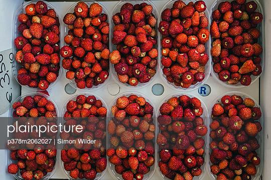 p378m2062027 von Simon Wilder