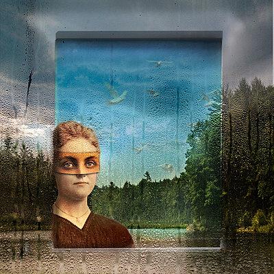 Frau im Teich - p1693m2294961 von Fran Forman