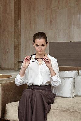 Business woman - p113m698916 by Lioba Schneider
