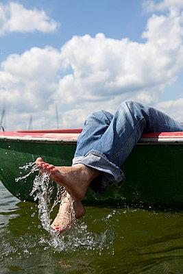 Splashing water - p4540771 by Lubitz + Dorner