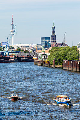 Hafenpanorama - p488m917557 von Bias