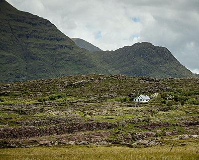 Ireland, Connemara - p910m2209852 by Philippe Lesprit