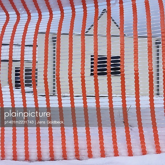 Transparent fence, Pörtschach on Lake Wörthersee - p1401m2231743 by Jens Goldbeck