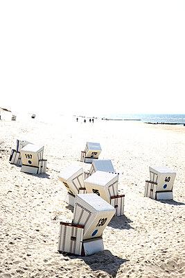 Strandkörbe auf Sylt - p346m1487888 von Knut Schulz